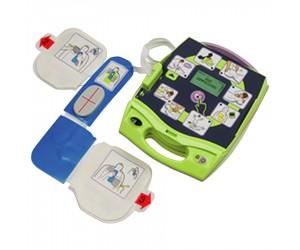 Défibrillateur automatique Zoll AED Plus avec assistance maximale pour la RCP